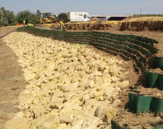 Control de la erosión con geoceldas