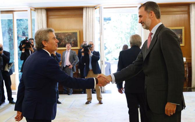 Valentín Contreras Medrano y el Rey Felipe
